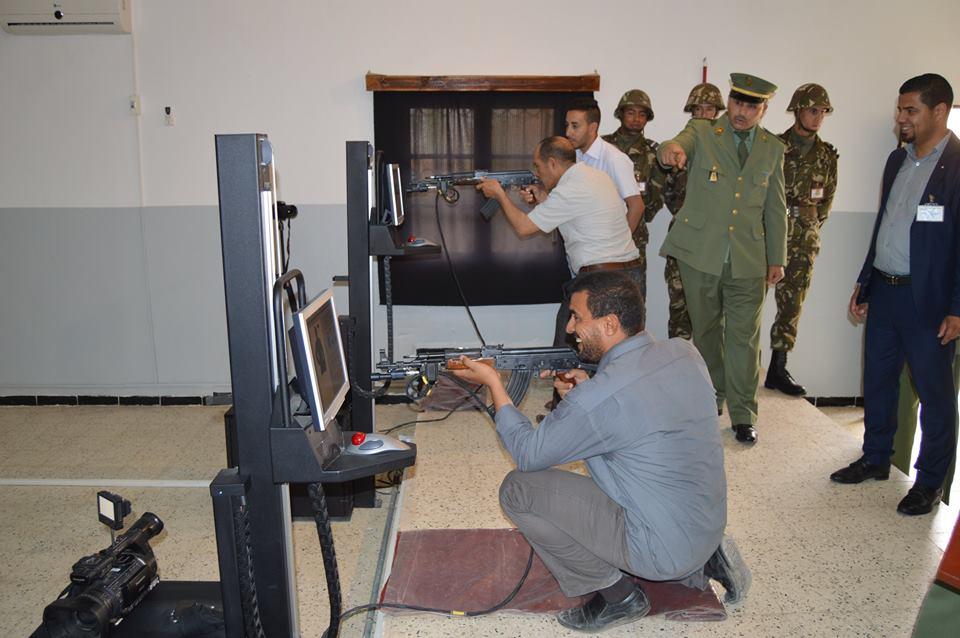 الصناعة العسكرية الجزائرية  [ AKM / Kalashnikov ]  - صفحة 2 34018713212_beed13873d_o