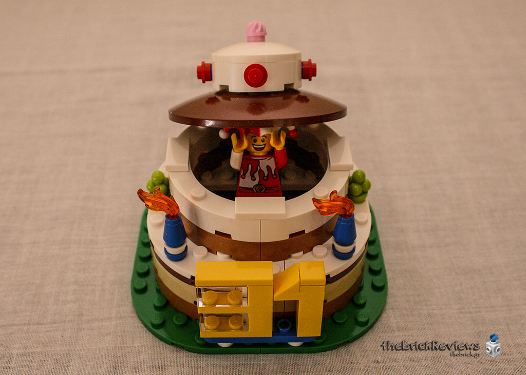 ThebrickReview: LEGO 40153 - Birthday Table Decoration 32864794384_749631a749_o