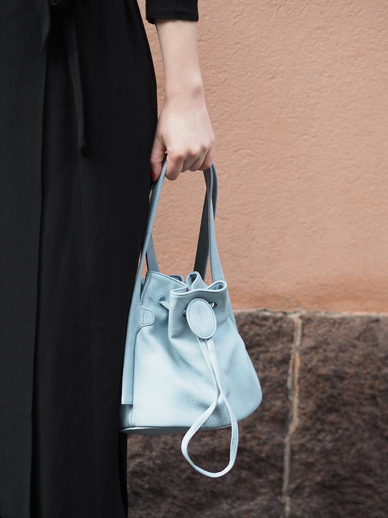 Lumi Klara bucket bag