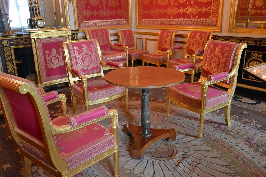 Salon de l 39 empereur salle d 39 abdication napol on chateau for R b salon coimbatore