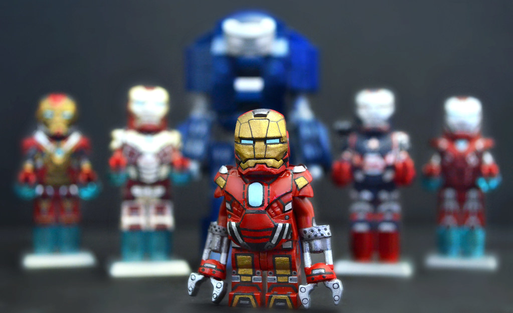 LEGO Iron Man 3 : Mark 35 Red Snapper Suit | After almost ...