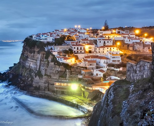 Azenhas do Mar is a seaside town in the municipality of Sintra, Portugal. | by paulowjorge