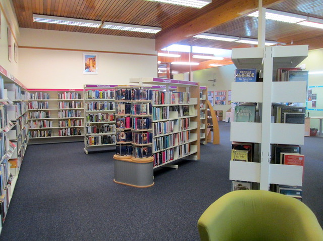 Glenwood Library Shelves