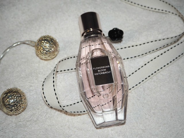 Viktor&Rolf Flowerbomb Bloom EDT