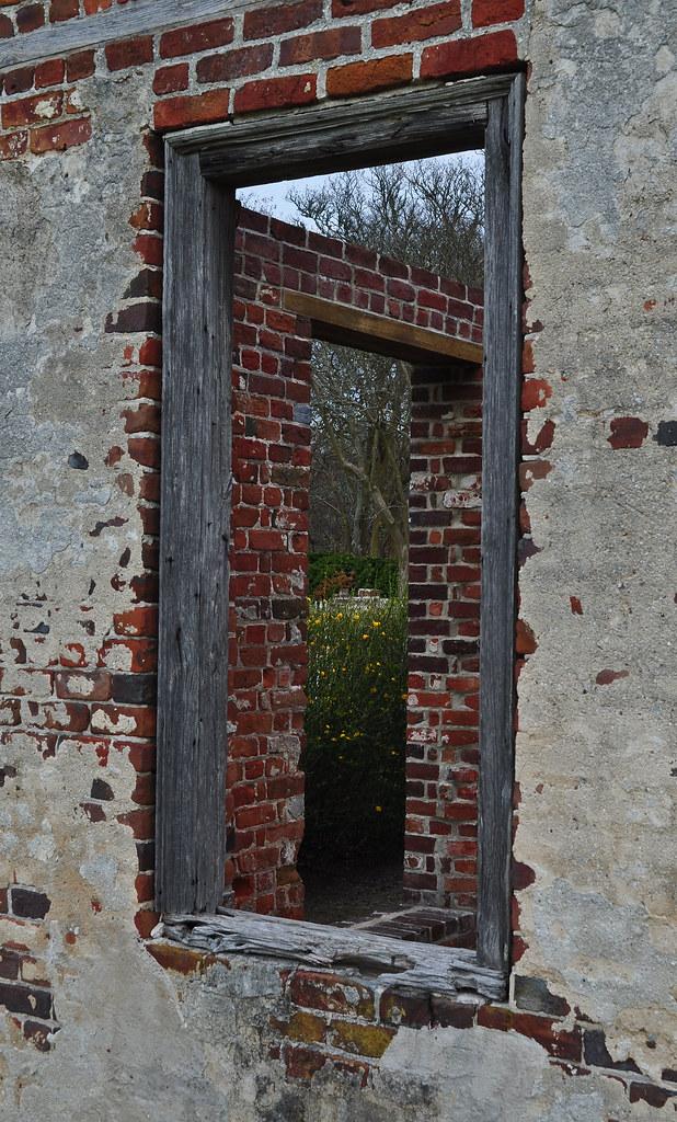 Eyre Hall - Orangery Ruins (3)