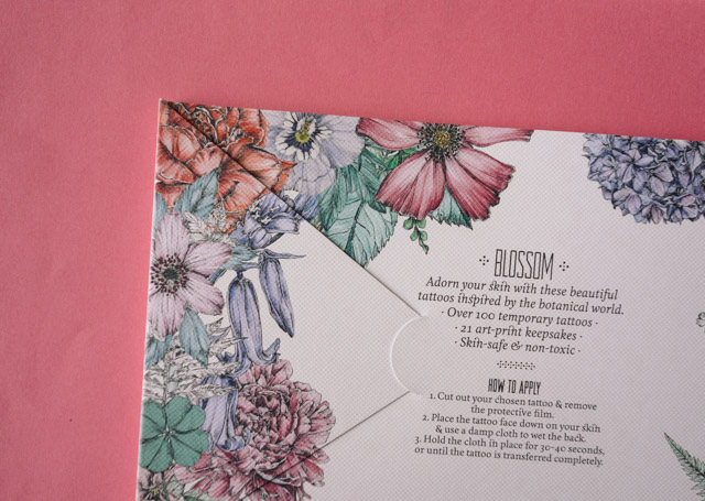 back cover of tatouage: blossom book