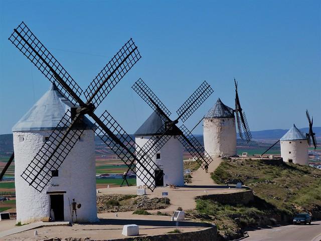 Molinos de viento en Consuegra (ruta de los molinos de viento en La Mancha)