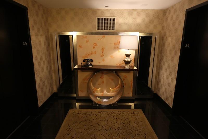 Cosmopolitan Las Vegas Wrap Around Suite 14
