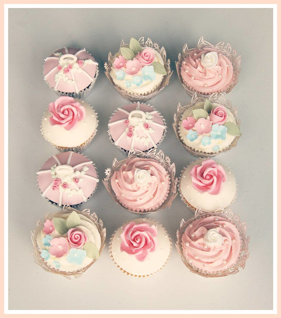 Pink Roses Wedding Cupcakes | Pink sugar roses, buds, blosso… | Flickr