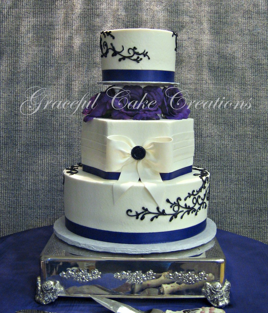 Purple Butter Cream Flower Cake Top