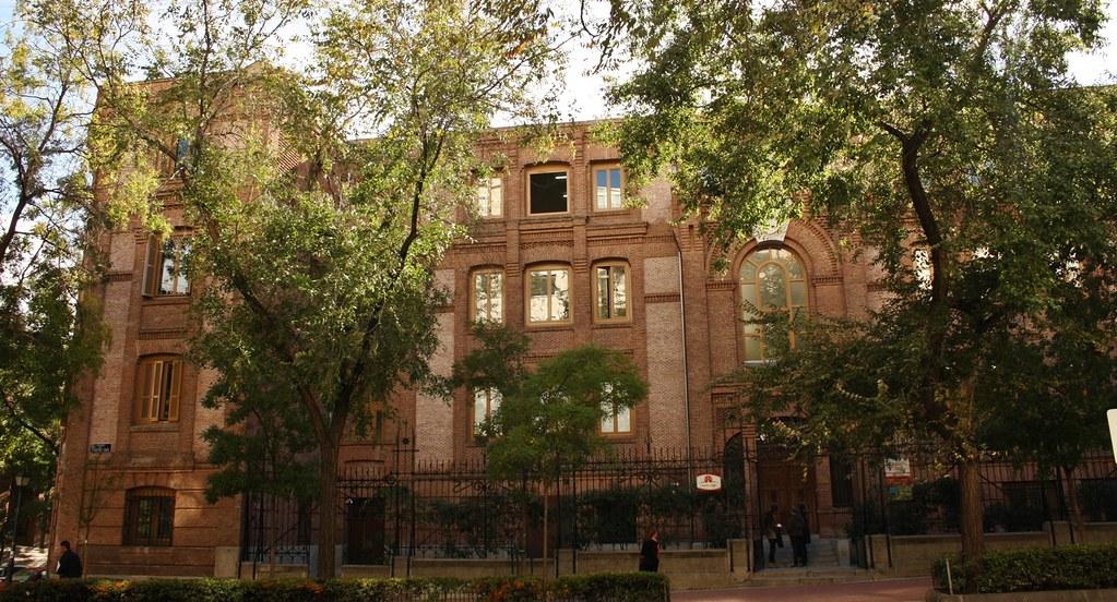 Colegio blanca de castilla calle eduardo dato madrid - Colegio escolapias madrid ...