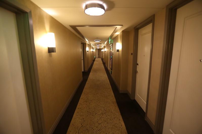 Cosmopolitan Las Vegas Wrap Around Suite 17