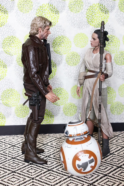 Han and Rey Get Acquainted