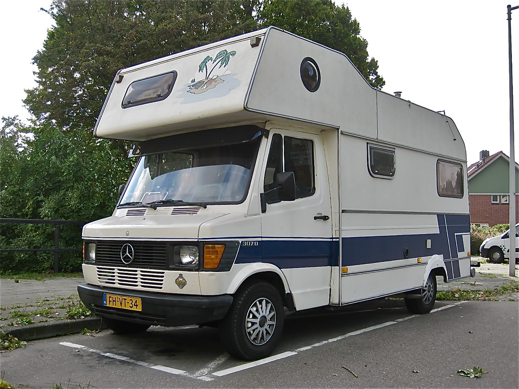 1979 mercedes benz tn t1 307d motorhome the tn t1 series for Mercedes benz caravan