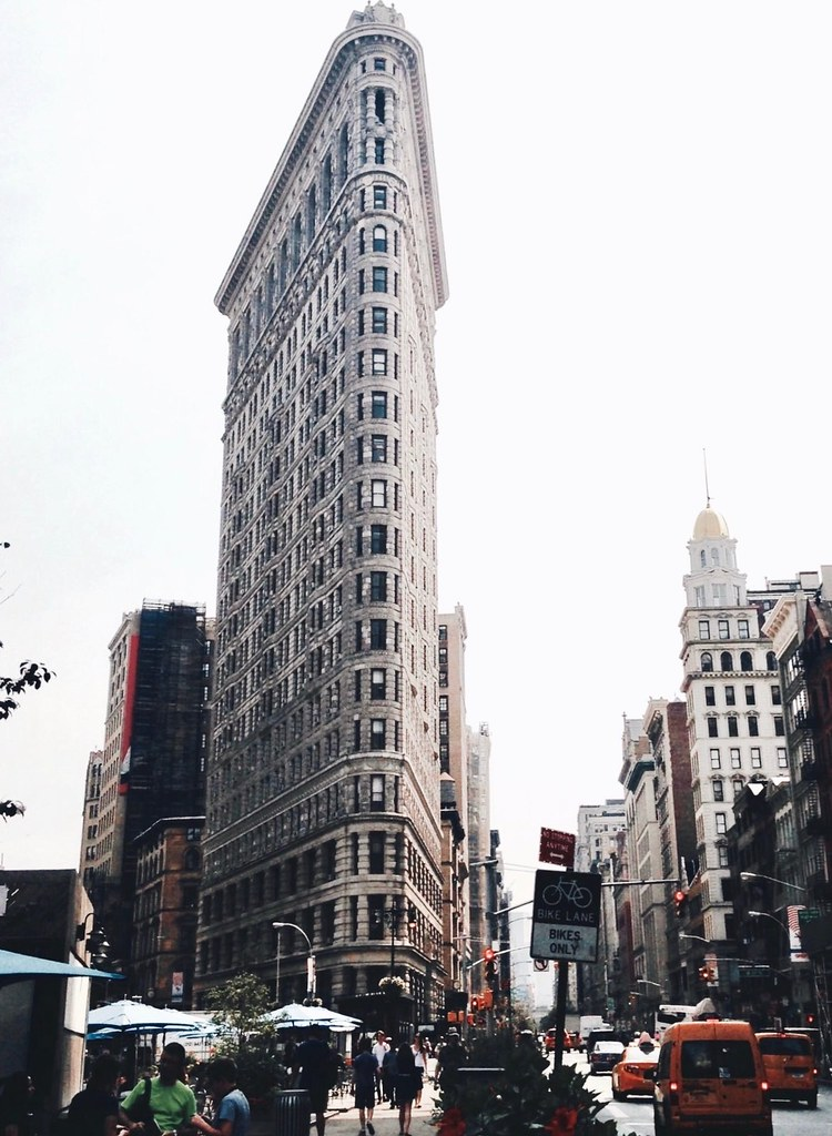 Flatiron Building, em frente ao Madison Square Park.