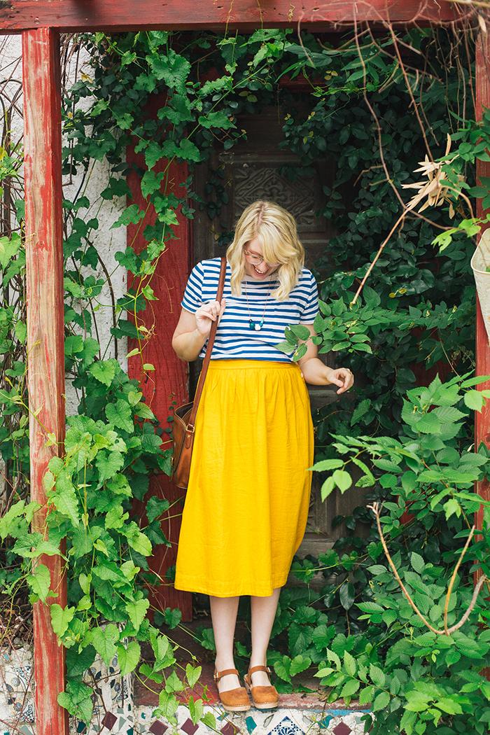 austin style blogger writes like a girl madewell midi skirt18