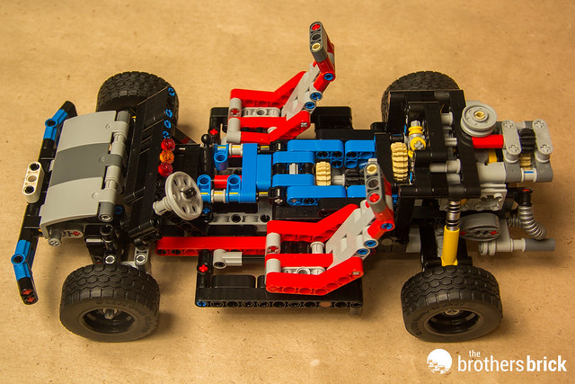 lego technic 40th anniversary car chassis review the brothers brick the brothers brick. Black Bedroom Furniture Sets. Home Design Ideas