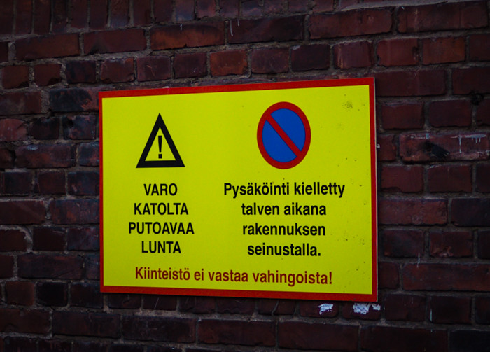 pysäköintikieltomerkki pysäköinti kielletty helsinki keskusta