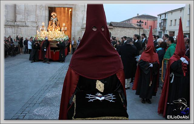 Procesión del Santo Entierro en la Semana Santa de Briviesca 2017 24