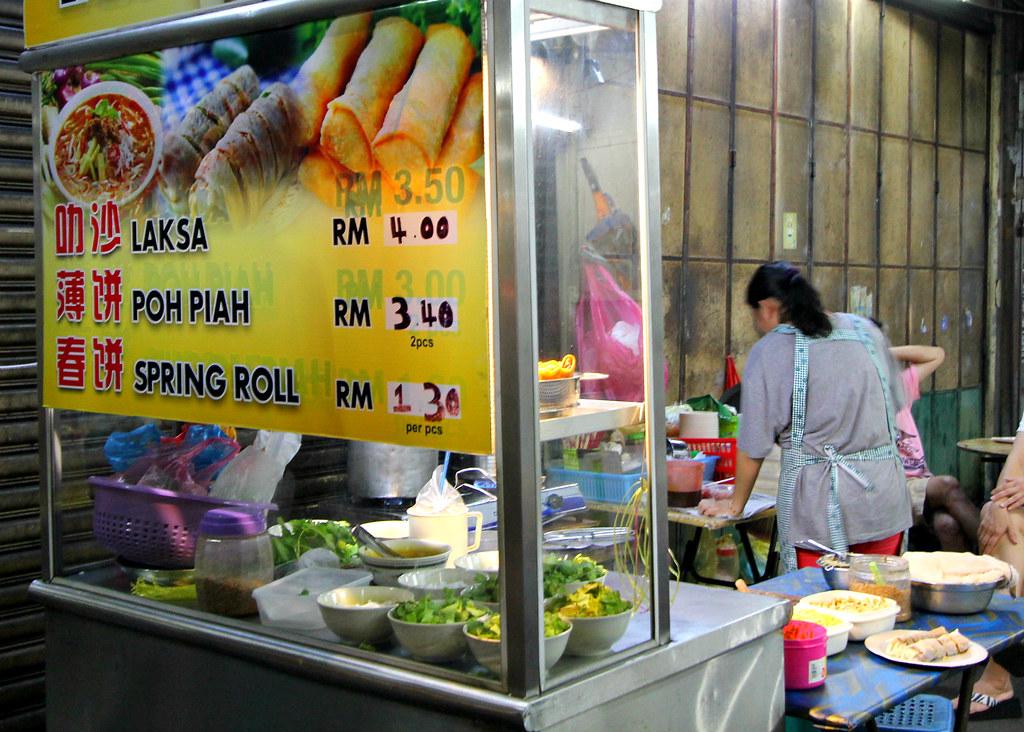 chulia-street-night-market-assam-laksa-stall