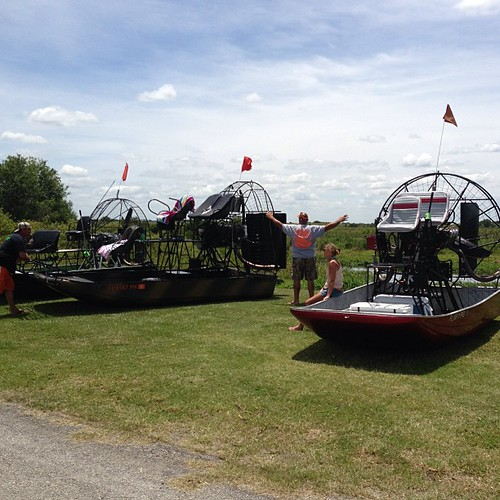 On the hill with team airboataddicts at grape hammock fi for Grape hammock fish camp