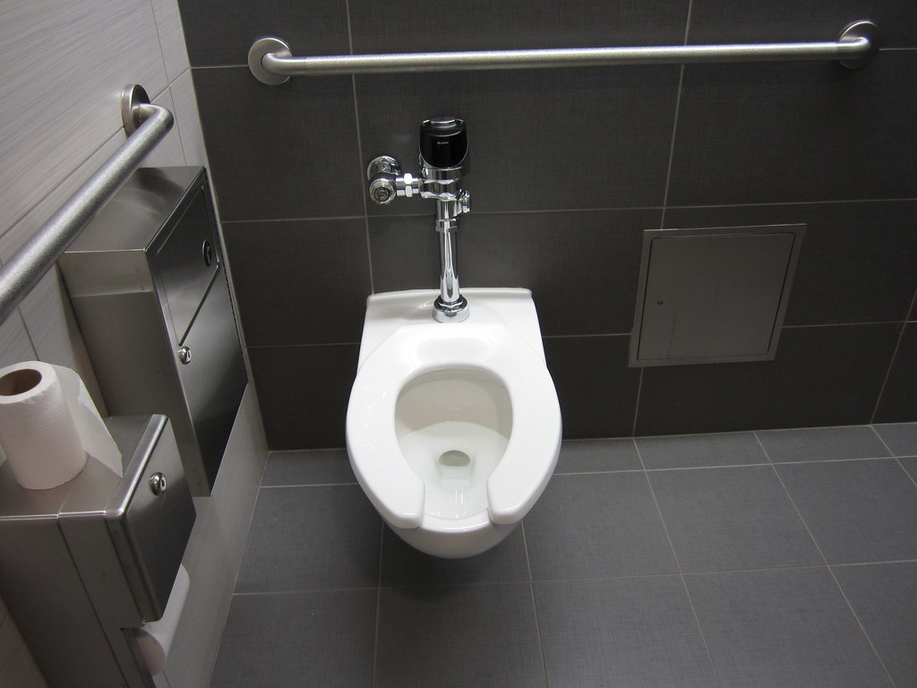 Brand New American Standard Afwall Toilet With Everclean G