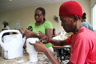 27.08.13 - Les artisants de Gheskio en plein travail | by PNUD HAITI Photostream
