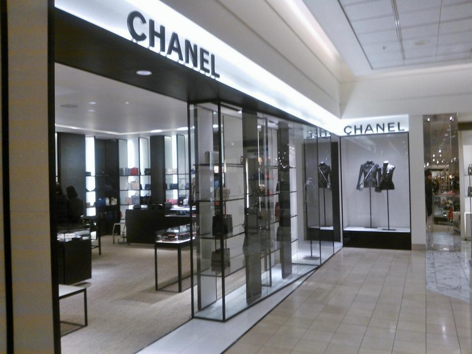 Nordstrom Chanel Accessories And Handbags Main Level Downt Flickr