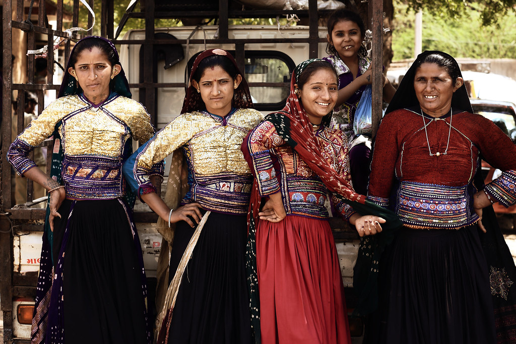 rabari tribe Defined by the rabari community residing in kutch, this variety of embroidery is known for the use of mirrors in various size and shapes the variety of stitching styles defined in this embroidery has made the tradition of kutch rabari embroidery famous across the world.