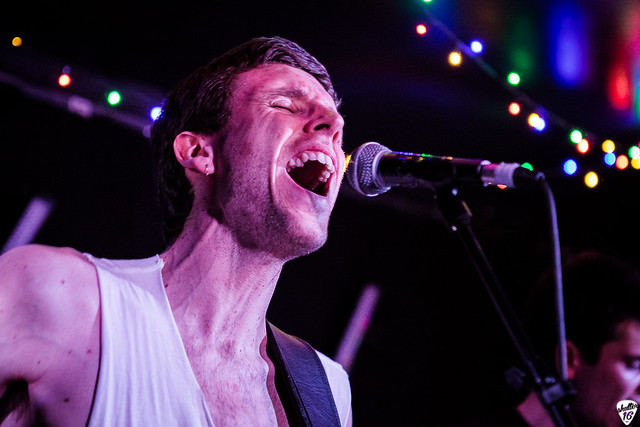 black-tambourines-live-falmouth-5