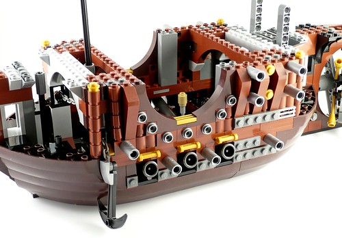 70810 MetalBeard's Sea Cow 304