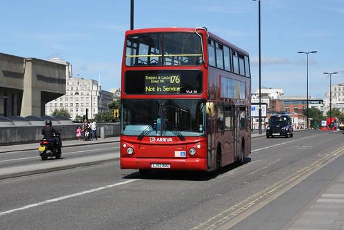 Arriva London South VLA30 LJ53BDU