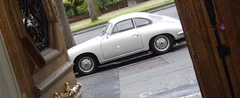Porsche 356 S garée dans Paris ce matin 32761300823_69a4eabc37_c