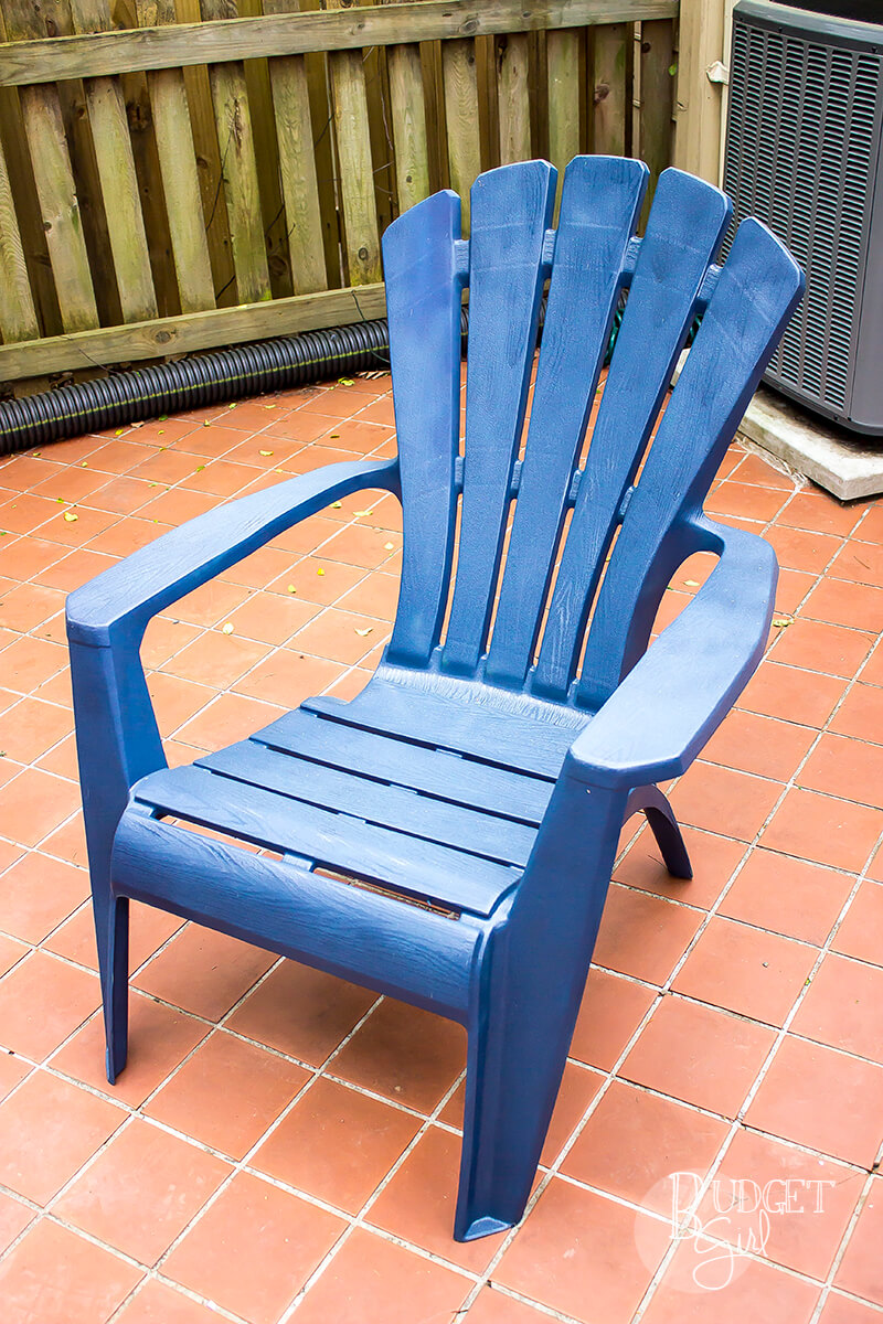 How to Paint Plastic Patio Chairs - Tastefully Eclectic
