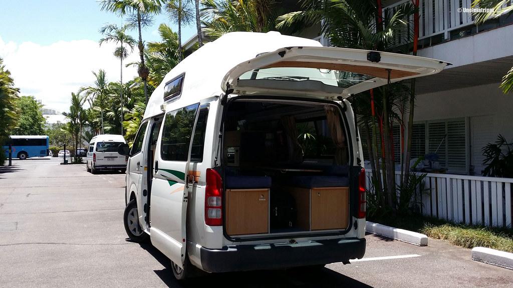 Asuntoautoksi muunnettu Toyota Hiace, Cairns, Australia