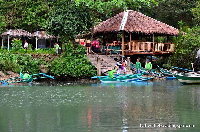 halfwhiteboy - bojo river cruise aloguinsan 18