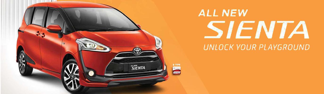 Mobil Toyota Sienta di Jakarta