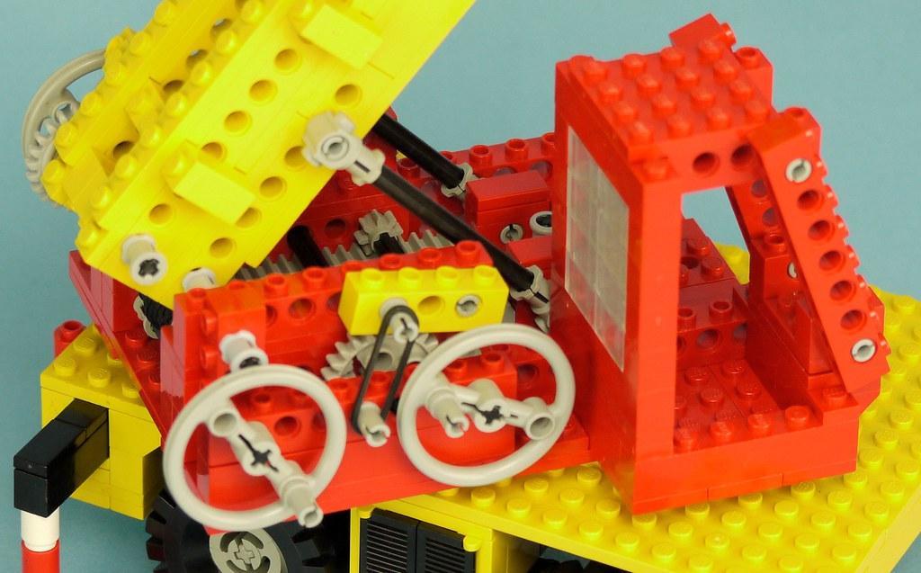Lego Yellow Promotional Brick 2x4x3 15 Happy Birthday NEW!!!