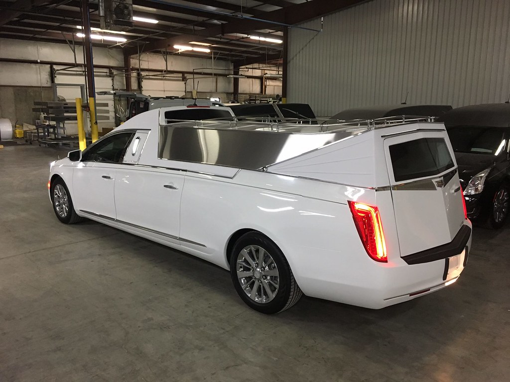 Cadillac Xts Flower Carhearse Ready For Delivery At The F Flickr