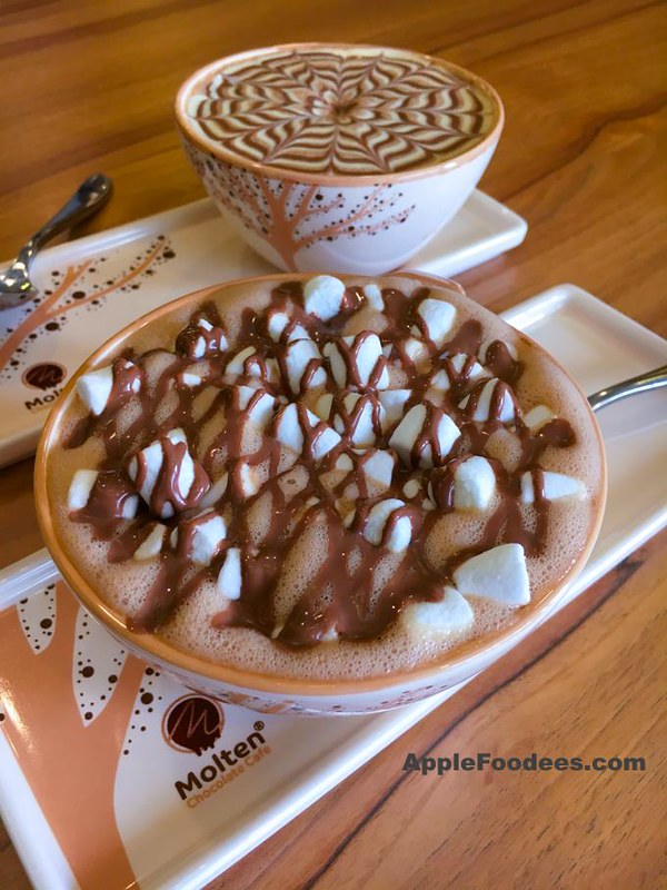 Molten Chocolate Cafe - Mallow Hot Chocolate