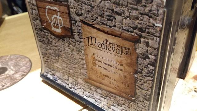 20170422-taverna-detalhemesa