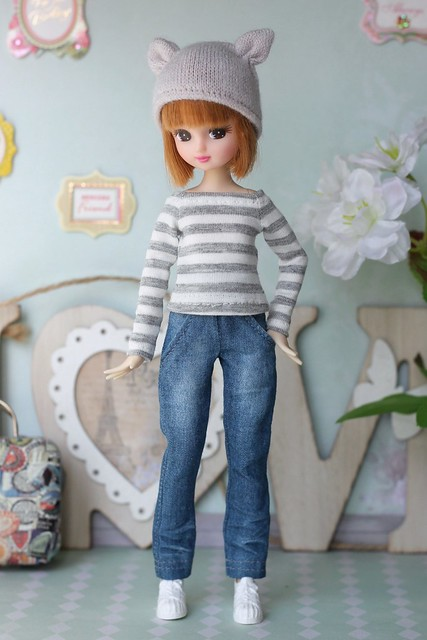 Cat-hat and denim jeans for Azone XS