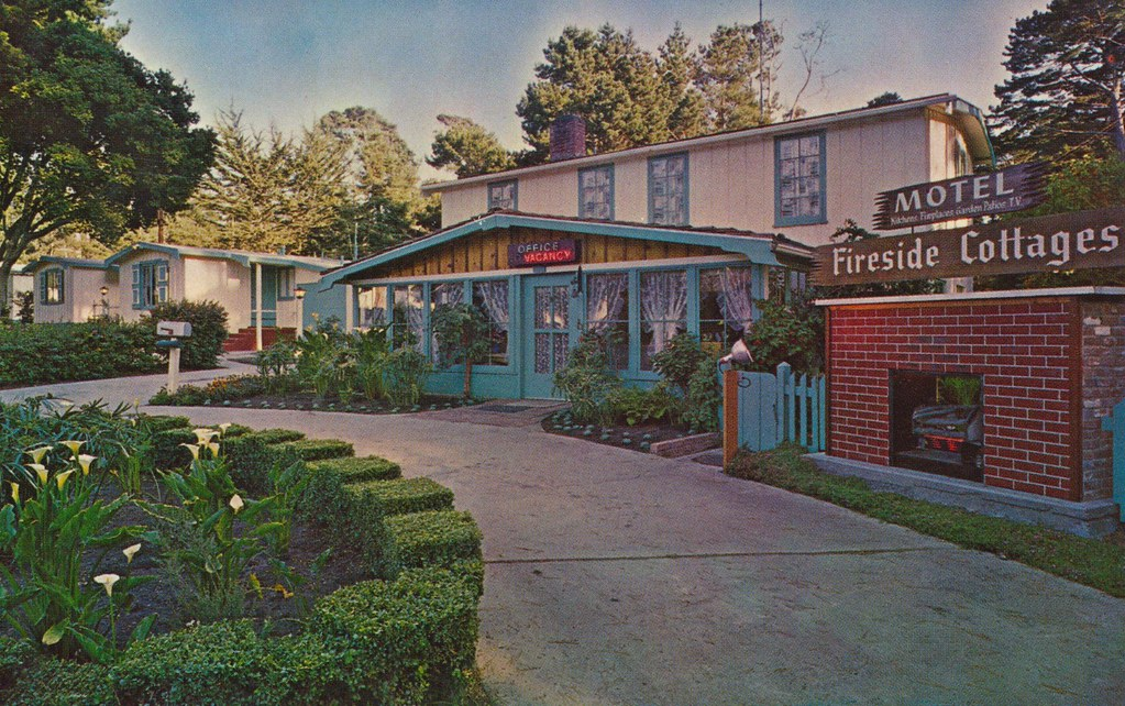 Fireside Cottage Motel - Pacific Grove, California