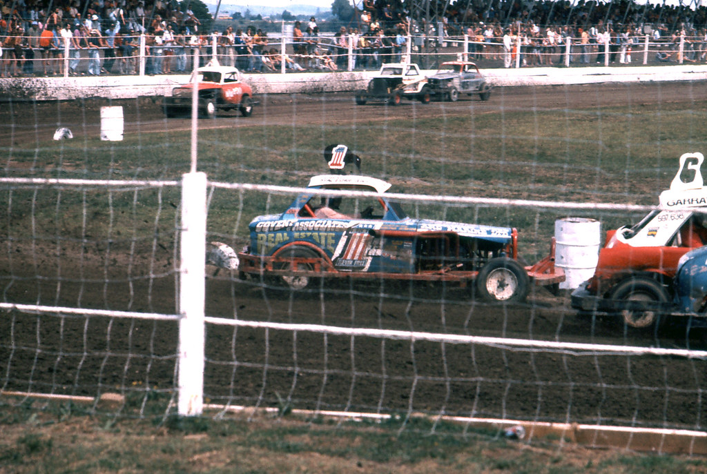 Old School NZ Stockcars | Waikaraka Park, Auckland, New Zeal… | Flickr