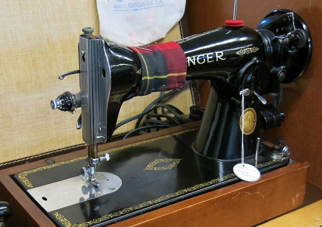 40 Singer Sewing Machine BC Farm Machinery Agricultu Flickr Best 1953 Singer Sewing Machine