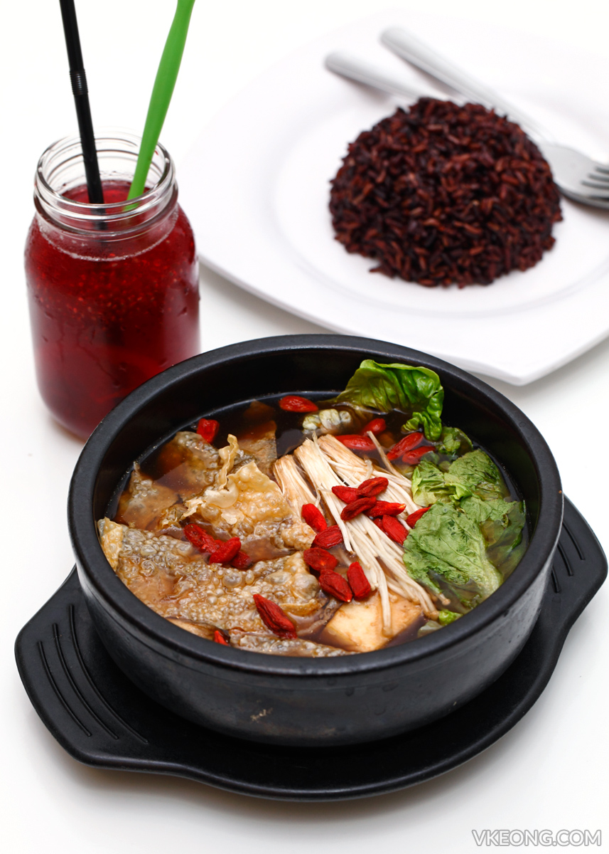 Herbal Soup with Black Rice