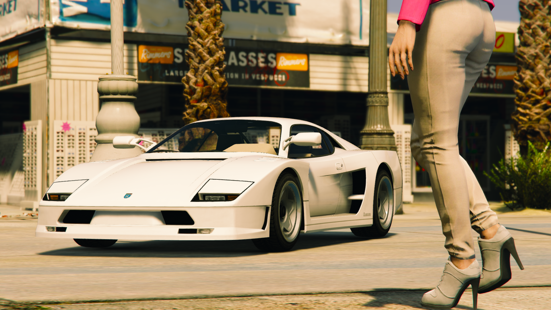 GTA V Screenshots (Official)   - Page 6 33676596692_38130e5aec_o