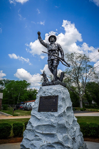 Griffin Doughboy Statue-001