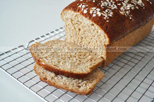 Pão de mingau de aveia fatiado
