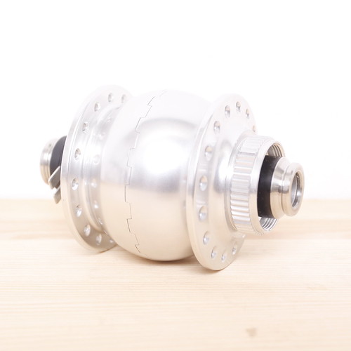 Compass Cycles / SON 28 / SL / Generator Hub